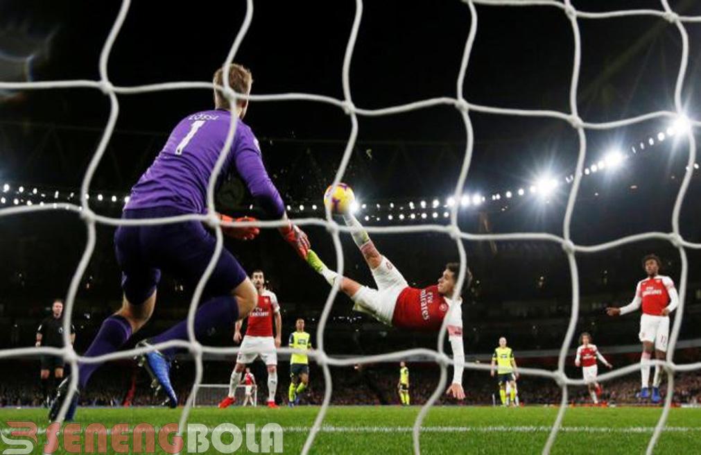 Hasil Liga Inggris : Arsenal Menang Tipis 1-0 Atas Huddersfield
