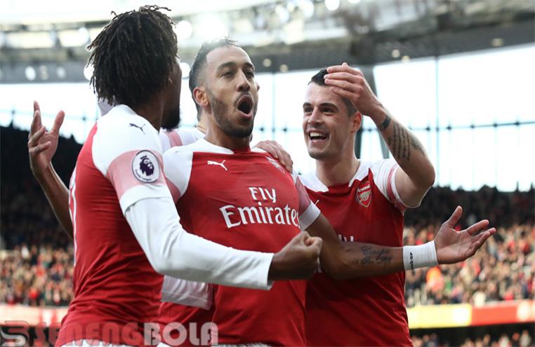 Hasil Liga Inggris : Arsenal Bekuk Tottenham 4-2