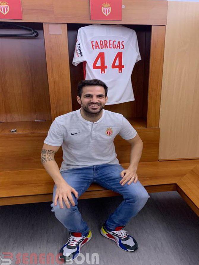Cesc Fabregas Resmi Tinggalkan Chelsea