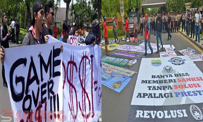 pengunduran diri Edy Rahmayadi disertai demo dari gabungan 14 elemen suporter sepakbola indonesia